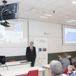 Detalle de la Inauguración de las aulas de Teledocencia URJC del CEI. Rector Fernando Suárez Bilbao. Abril de 2015.