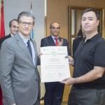 Entrega Institucional URJC de los Premios CEI 2015. Juan Antonio Melero Hernández y el investigador Jose Ignacio Martínez Torres